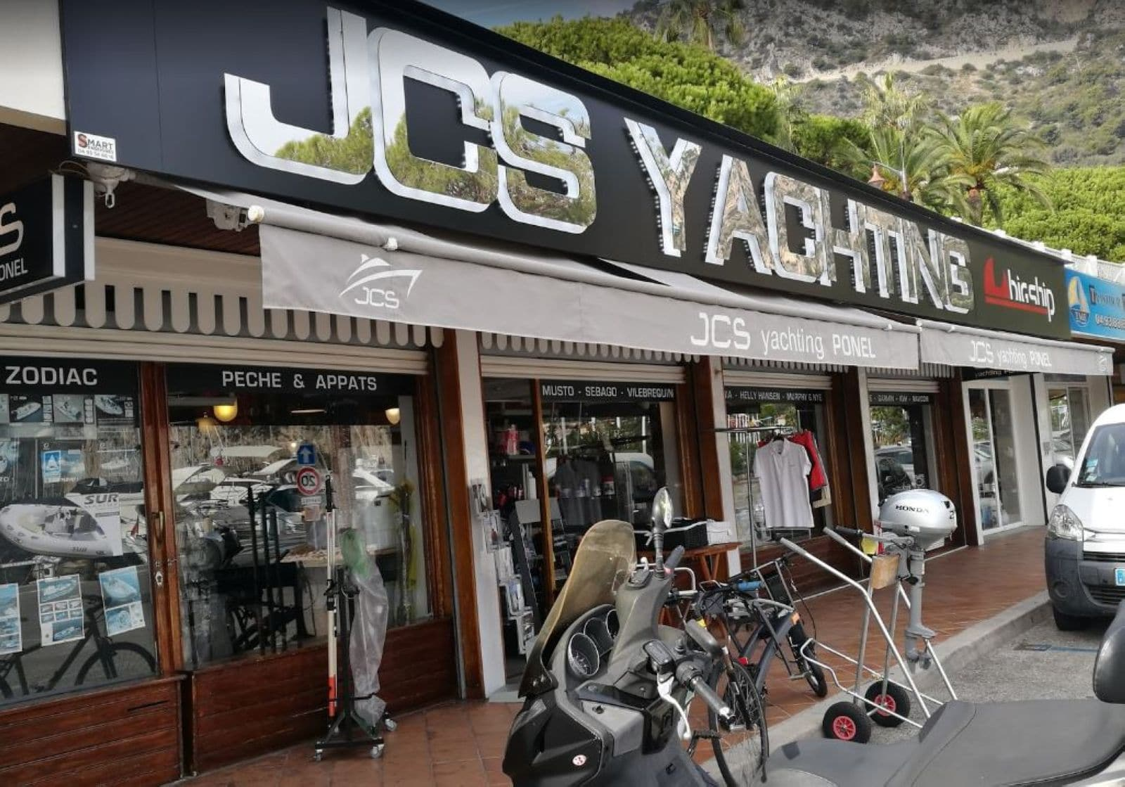enseigne-metal-yachting-beaulieu-jcs-yachting