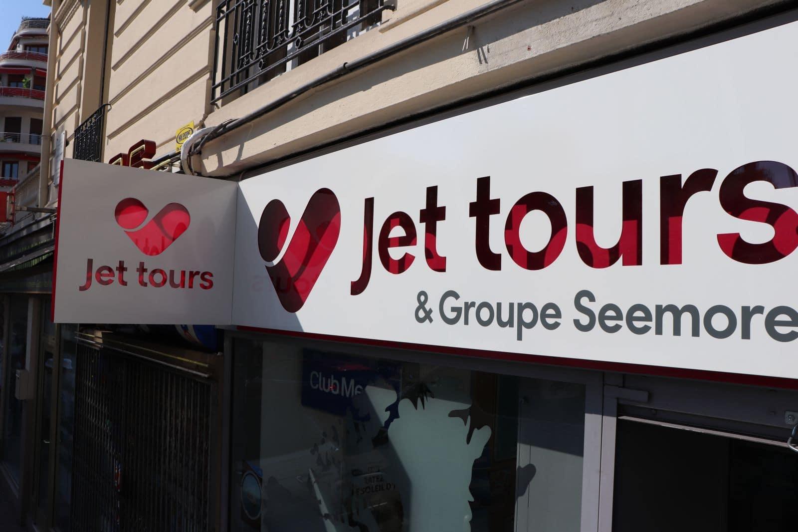 enseigne-agence-de-voyages-nice-jet-tours